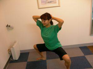 股関節の痛みを整体するときに行うストレッチです。